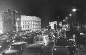 """Un'immagine del film di Fellini """"Roma"""""""