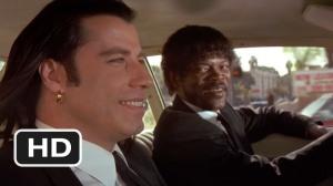 Jules e Vince dialogano in auto prima di una missione