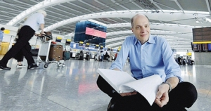 Alain de Botton a Heathrow