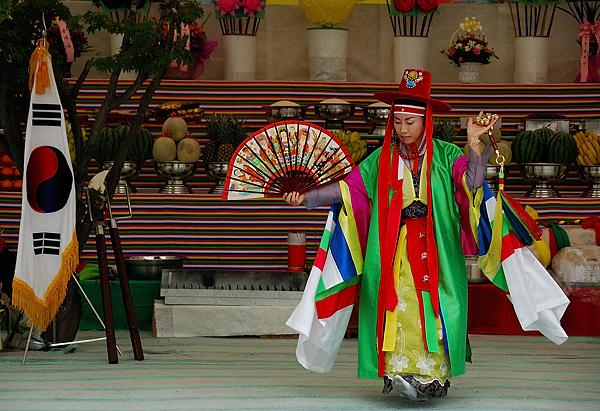 sciamanismo in Corea