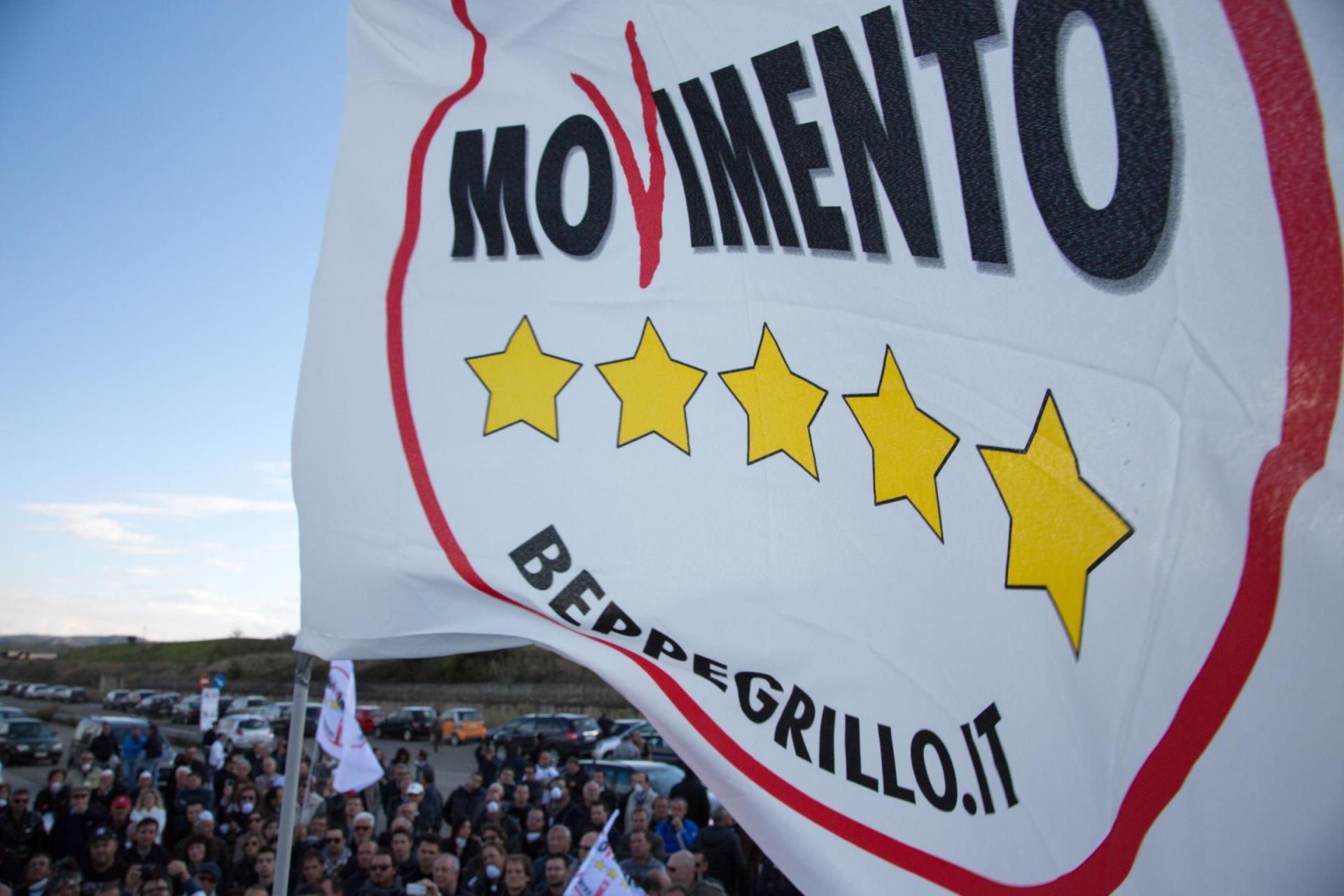 Il paradosso del movimento 5 stelle trilogia dell orrore for Deputati movimento 5 stelle