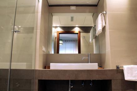 bagno stanza grande