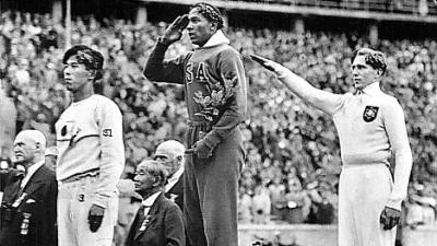 owens hitler 1936 olimpiadi berlino
