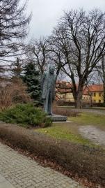 Monumento a Bolesław Prus, giornalista e scrittore polacco (Varsavia febbraio 2016 credits StereoType Mag)